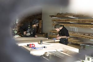 Just nu jobbar kusinerna med en barförhöjning som ska till House Bes nya startup-hub i Åre.