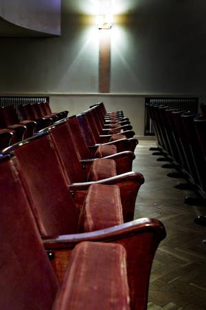 1932 annonserades det efter biografstolar i Dagens Nyheter. Det var dessa man fick napp på, från en biograf i Stockholm.