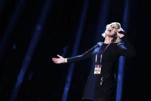 Sanna Nielsen framför bidraget Undo under torsdagens repetitioner inför Melodifestivalens andra deltävling i Linköping.