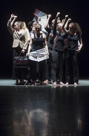 """""""Ingen täckning""""  –  på Gävle Teater."""