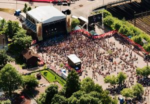 Vem vill köpa en festival? Sweden Rock ska ha tackat nej till erbjudandet om att bli delägare i Peace & Love.
