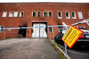 Fastigheten klarade sig med mindre skador, men sen stor del av godset i Maserfrakts lager på Lötängsgatan i Gävle fick rök- och vattenskador.