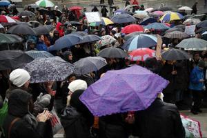 Mellan 300-400 personer till fredagens manifestation för mångfald, öppet och tolerans på Stortorget i Östersund. En manifestation som har vuxit fram efter helgens val och missnöjet med att ett främlingsfientligt parti tagit sig in i riksdagen.