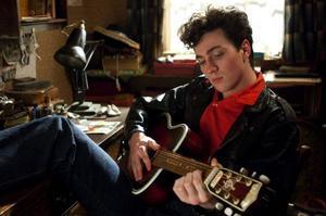 Aaron Johnson som den unge John Lennon. Foto: Nordisk film