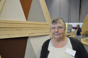 """Örebroaren Milis Ivarsson är initiativtagare till det nystartade Ekokvarnen. Ett rikstäckande nätverk för hållbar byggnation och inredning. """"Hur får man det hållbara, ekologiska byggandet att bli ett reellt alternativ för många människor? Det går för långsamt i dag, och det vill vi ändra på"""", säger hon."""