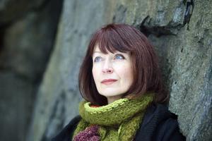 Inger Edelfeldt har skrivit en roman om sökande.