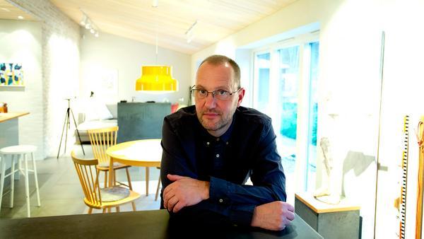 Köket är ett av de rum som bör prioriteras när man ska ljussätta. Enligt Torbjörn Eliasson gör en arbetsbelysning över köksbänken och en trivsam belysning över matplatsen att det blir roligare att både laga och äta maten.