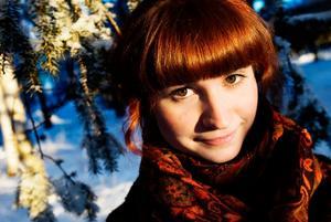 """All musik i föreställningen har Sabina komponerat själv. Förutom glada låten """"Dansbanan"""" som hon lånat av Detektivbyrån."""