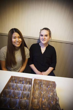 Em Chantaseeka och Linn Wallander är två tredjedelar av UF-företaget Lux by UF.