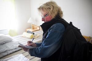 Pia Johansson har besiktigat över 1000 lägenheter som använts som tillfälligt boende för asylsökande.