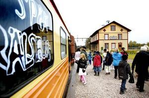 SPÖKTÅG. Rälsbussen till Järnvägsmuseet hade också spöken ombord.