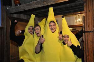 Fyra bananer från Östersund: Gustav Lijon, Christian Mesch, Tomas Sahlin och Angelica Sterner.