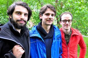 De tre filmarna har precis kommit tillbaka från tio dagar ute i den jämtländska fjällvärlden. Fr v: Christian Kochman, Bastian Klügel och Claus Reichel.