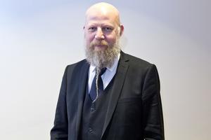 Daniel Nordström, chefredaktör för VLT, SA, FP och BBLAT, ser en trend där allt fler är villiga att betala för bra journalistik även digitalt.