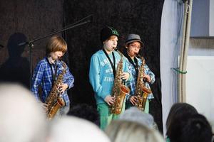 William Larsson, Rasmus Frank och Tim Hellström visade upp sina färdigheter i saxofon under soarén.