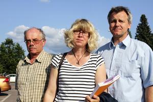 Roy Uppgård, Marina Ander och Curt-Åke Larsson imponeras av akutens professionalitet. De varnar för ytterligare nedskärningar.