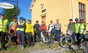 Nytt liv i gammalt lopp. Redan på 60-talet började man cykla Väringen Runt. Nu för Bygdegårdsföreningen den hälsosamma traditionen vidare.