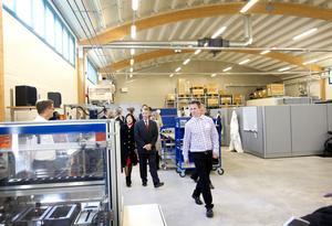 ska bli större. Den lilla produktionsanläggning som Nilar i går invigde för sin batteritillverkning är fram till 2013 tänkt att expandera till 150 anställda.