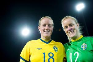 Både Marie (vänster) och Kristin Hammarström fick starta landskampen mot Norge.