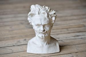 August Strindberg fångad av skulptören Carl Eldh. Foto: TT