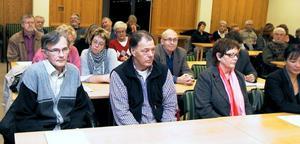 På torsdagskvällen var det dags för de anhörigas möte med politikerna i hörsalen, Edsbyns bibliotek. De fick då det glädjande beskedet.