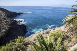 Teneriffa har flera fina vandringsstigar, som bjuder på vackra vyer.