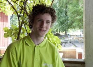 Jonatan Classon, snart 16, Hallstahammar:– Jag ska anställa en kompis och vi ska göra utomhus-arbete: bygga en altan, gräva upp ett trädgårdsland. Och så hoppas vi få fler liknande uppdrag.
