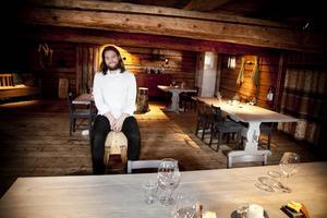 Magnus Nilsson, som lovordats för sin djärva och kreativa matkonst, ska tillsammans med sitt team arbeta med olika projekt som kan göra upplevelsen på Fäviken Magasinet ännu mer unik. Arkivbild 2012.