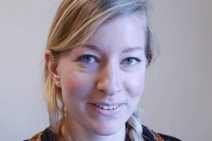 Elin Heinerud är engagerad i Naturskyddsföreningen. Att jobba med Brunkullans te som profilerar sig som ekologiskt beskriver hon som ett drömjobb.
