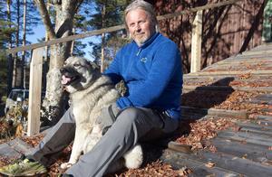 – Jag känner tacksamhet över vardagen, att jag får vakna och sätta fötterna i golvet, dra på mig kläder och åka till jobbet, säger Rune Westlund som har opererade bort två tumörer och är frisk.