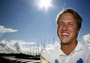 Äntligen guld. Solen skiner på Johan Tillander som i par med Fredrik Lööf vann världscuptävlingen i Starbåt på Mallorca. FOTO: IRIS TIITTO/VLT ARKIV