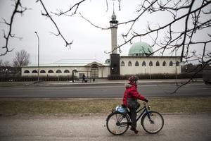 Moskén i Uppsala är en mötesplats för stadens muslimer.