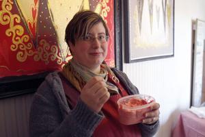 Smak för gommen hade Mari Åström att bjuda på.