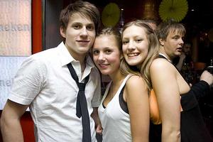 Silk. Tobbe, Lina och Klara.