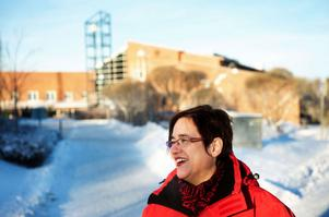 Marita Hilliges, rektor vid Högskolan Dalarna, får stöd från Region Dalarna i kampen om att kunna erbjuda studenter viktig utbildning i länet.