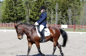 Hemma-ryttare. Lovisa Gradin på Säbys Baxter vann klassen LC1 kat C.