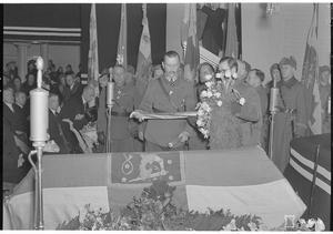 Marskalken vid begravningen av Republikens tredje president Pehr Evind Svinhufvud  1944. Foto: SA-Kuva