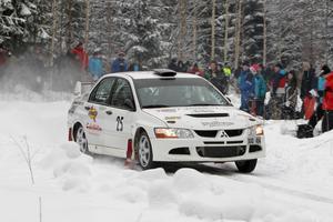 Patrik Åkerman – med Lasse Grip som kartläsare – tog hem spelet med 3,2 sekunder.