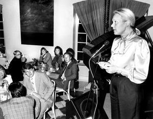 I september 1986 slog Village upp portarna. Invigningstalare var kommunfullmäktiges dåvarande ordförande Marita Fernqvist, som konstaterade att