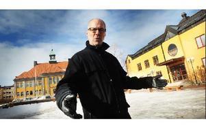 """""""Vi gör det här för faluborna. Vi vill främja och stimulera odling bland allmänheten"""", säger Peter Garvö. Medborgarplatsen vid Faluån är en av de ytor där kommunen upplåter plats för odlingsbäddar."""