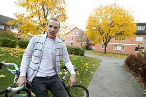 Henrik Öijer, ordförande i Falu CK, har en rad idéer om framtiden för svensk cykel. En går ut på att begränsa antalet cyklister i lagen för att höja kvalitén och konkurrensen på tävlingarna.