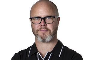 Fredrik Alverland, reporter och krönikör
