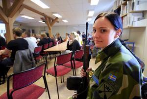 Lärorikt. Ulrika Lund, 22 år från Avesta gick den första direktutbildningen till hemvärnet i höstas.