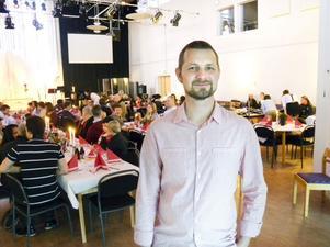 Pastor Niclas Ljung höll i trådarna på Elsborgskyrkan.