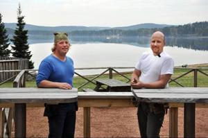 Jimi Salomonsson och Magnus Svedberg, naturliga tystnadsterapeuter i Kälarne.