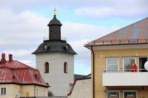 Under en timmer klämtade kyrkklockorna i Sveg. Detta då Sverigedemokraternas partisekreterare Björn Söder valtalade på torget.