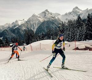 Nicolina Lindqvist blev bästa svenska i skidskyttet men en träffbild som låg högt förstörde hennes chanser till avancemang under jaktstarten.