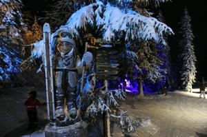 Invigning av Trollskogen, Hundfjället, Trollet Vintra
