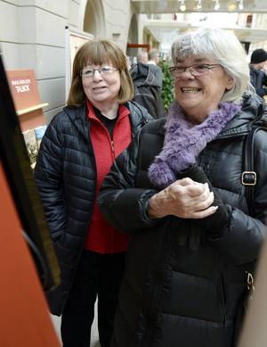 Britt Ekholm och Madelene Andersson minns tiden på ST med glädje.