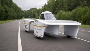 Högskolans solcellsbil testades på Mantorp Park i lördags.